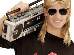 Blond 80-tals hockeyfrilla peruk med glasögon - Temafest & Högtider.